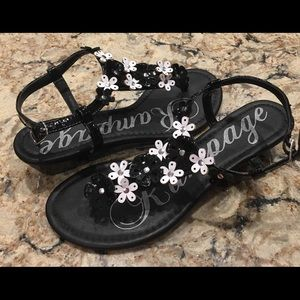 Black and white flower sandals rampage